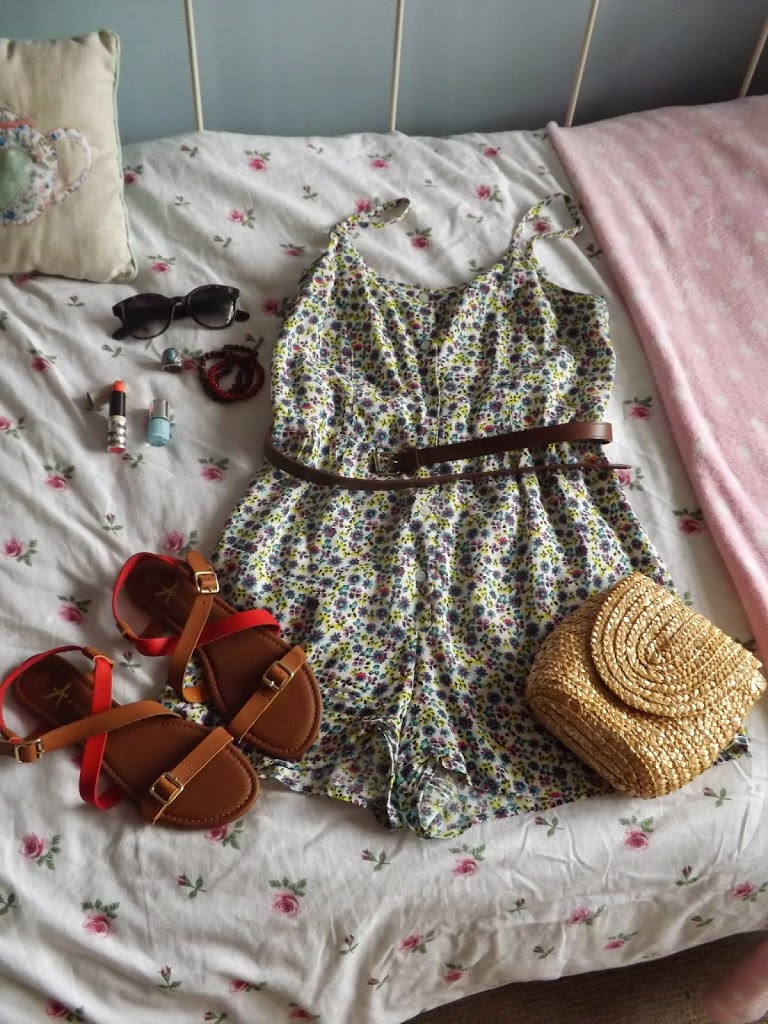 WEEKEND & OUTFIT PLANNING