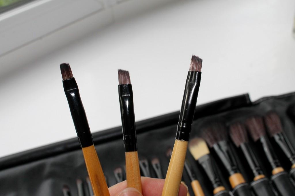 Sammy Dress Makeup Brush roll