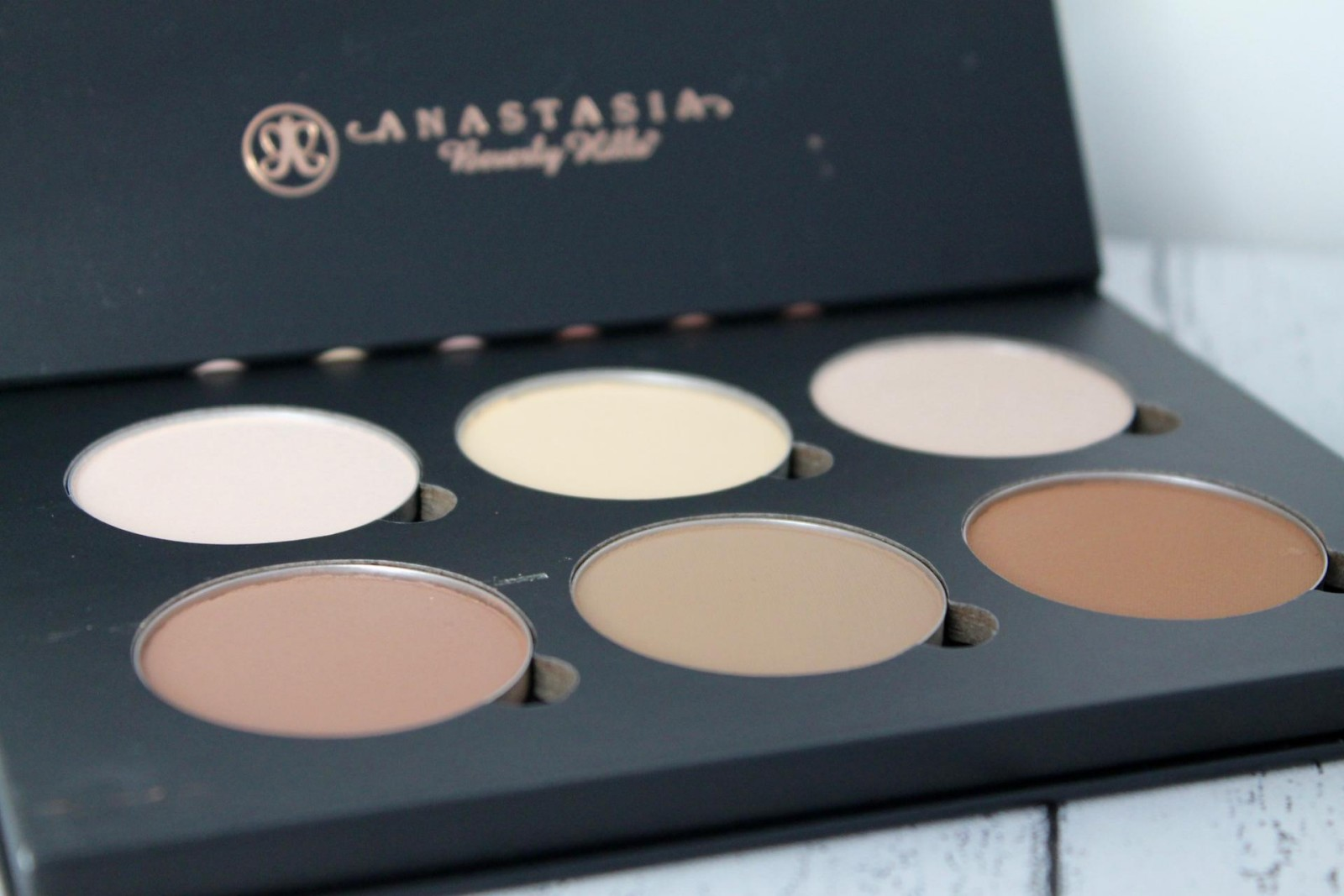 Anastasia Beverly Hills Review 6