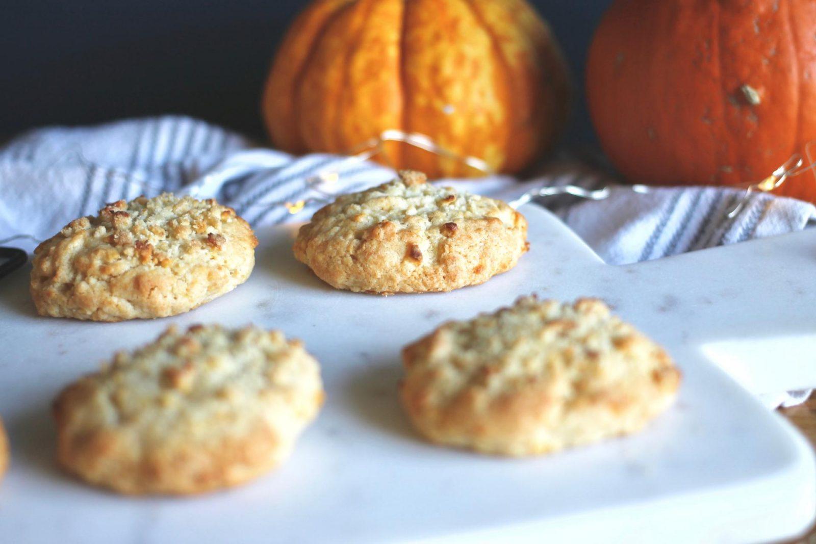 Apple Crumble Cookies
